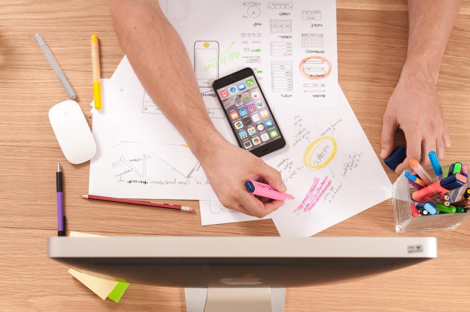 tareas administrativas y comerciales